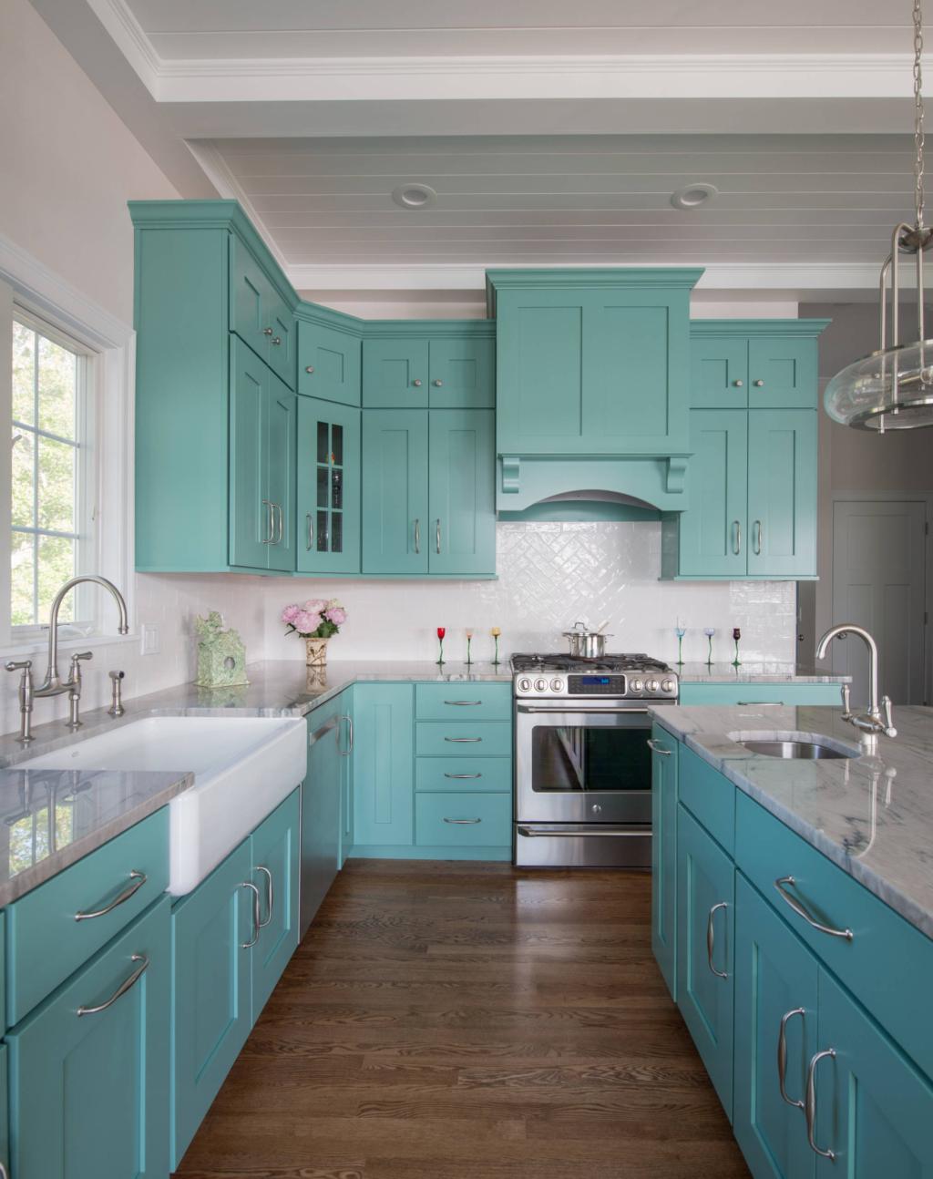 Dapur minimalis hijau tosca