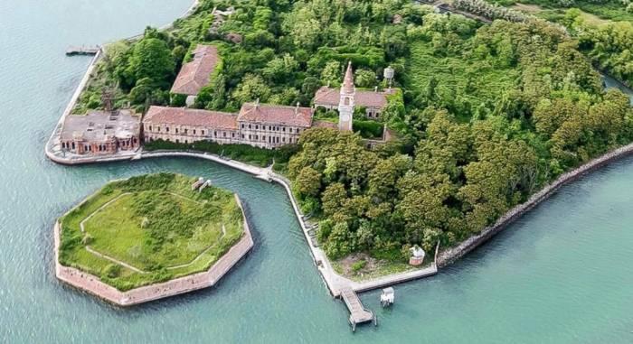 pulau terlarang