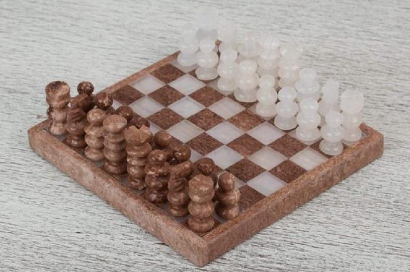 manfaat bermain catur