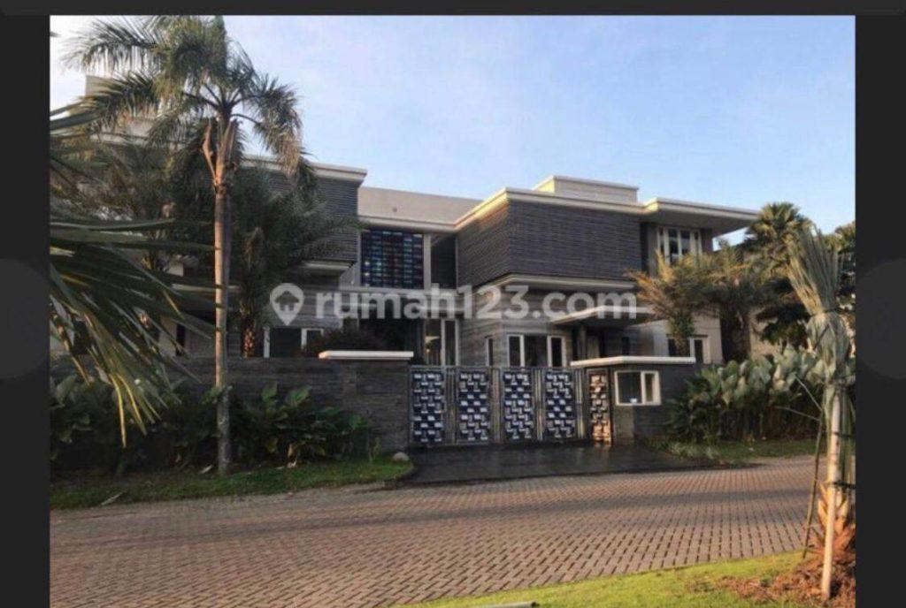 rumah mewah di pakuwon indah surabaya