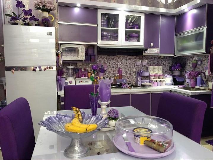 dapur minimalis warna ungu