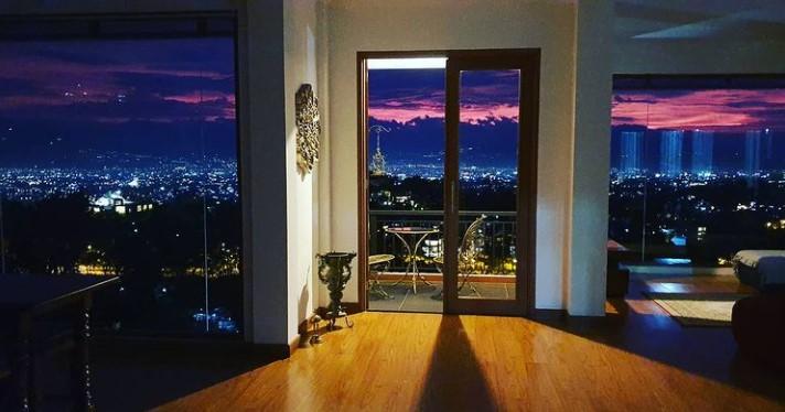 pemandangan dari villa mario teguh di bandung