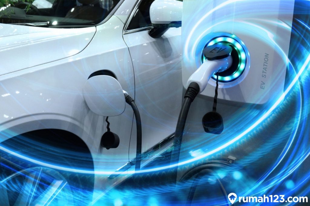 isi baterai mobil listrik