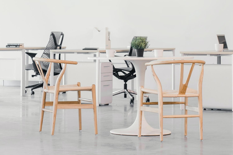 Merancang Desain Kantor Minimalis