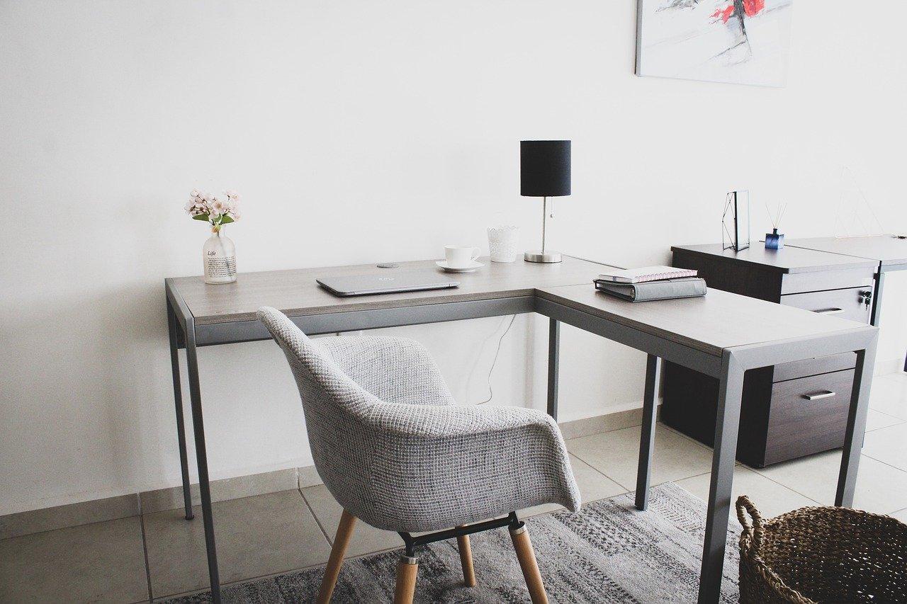 perabot kantor multifungsi