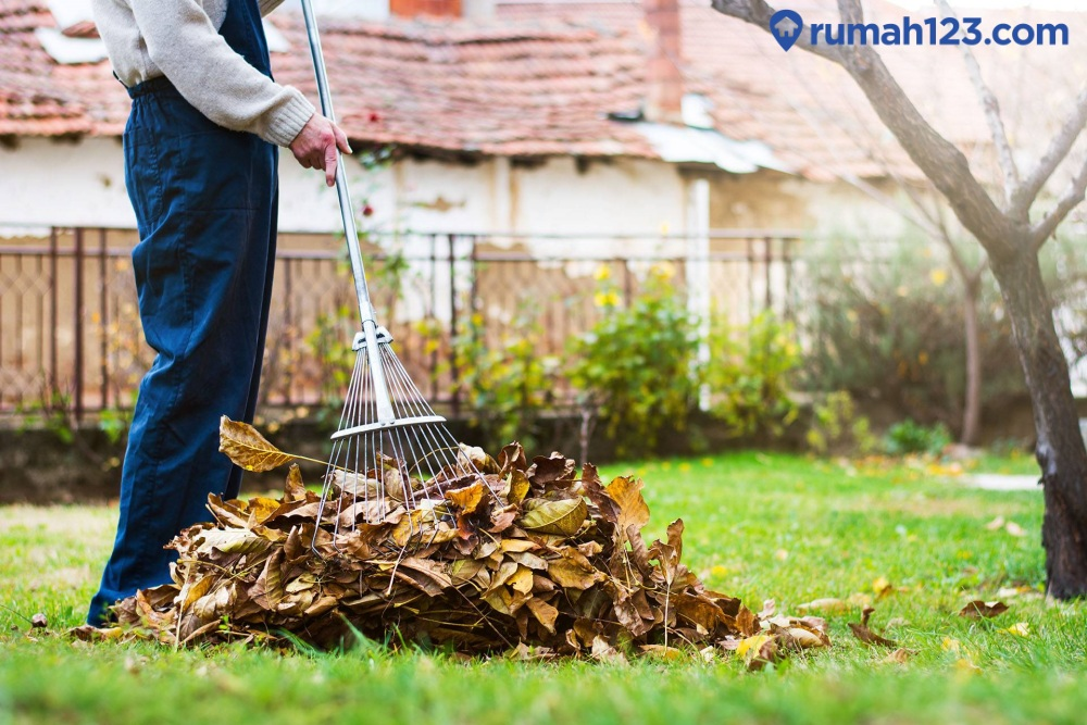 jaga kebersihan halaman