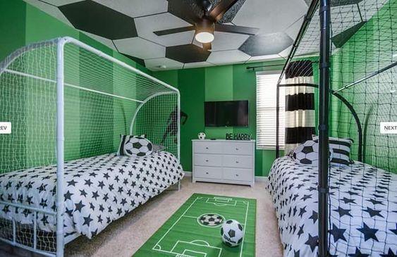 kamar tidur anak tema bola