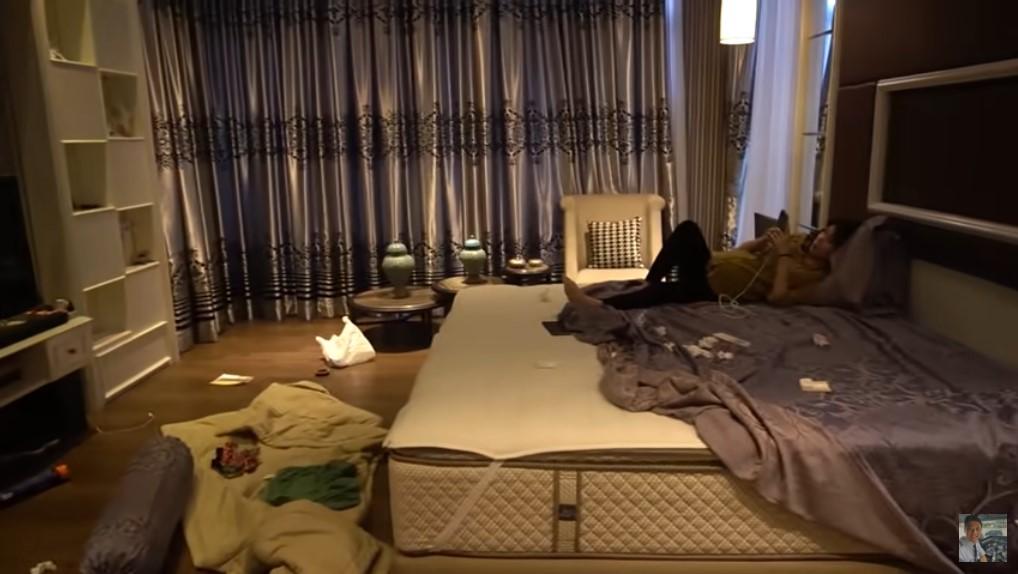 kamar tidur rumah vincent raditya