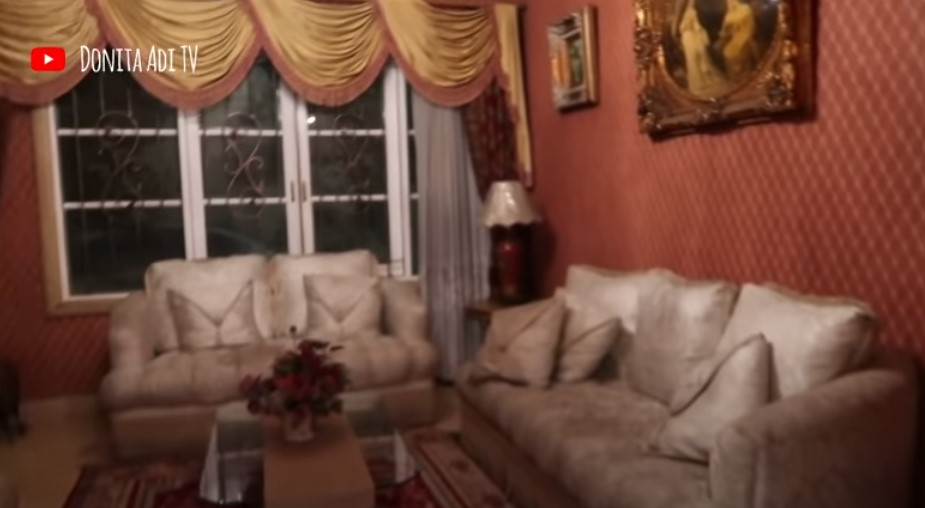 Rumah Adly Fairuz_4