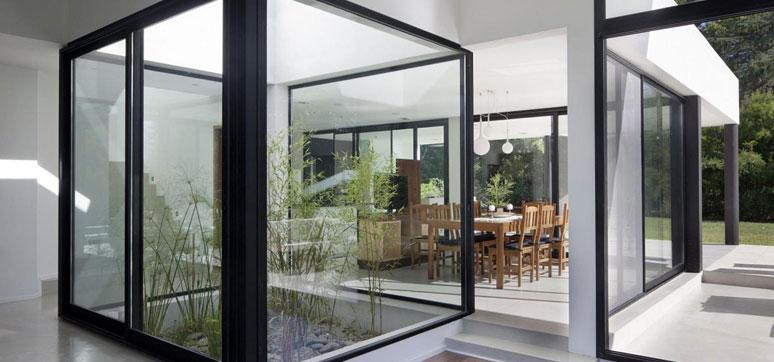 tempered glass rumah