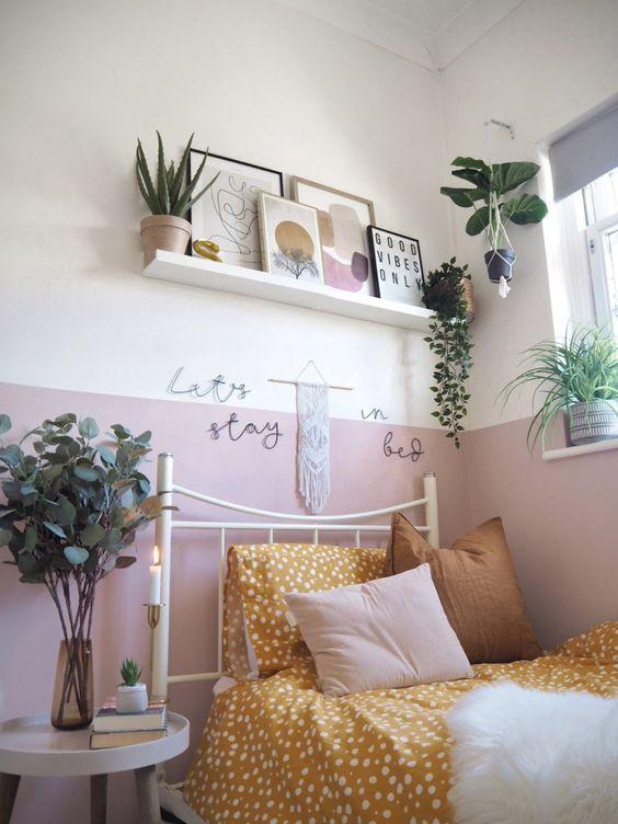 Kamar tidur minimalis Pink_1
