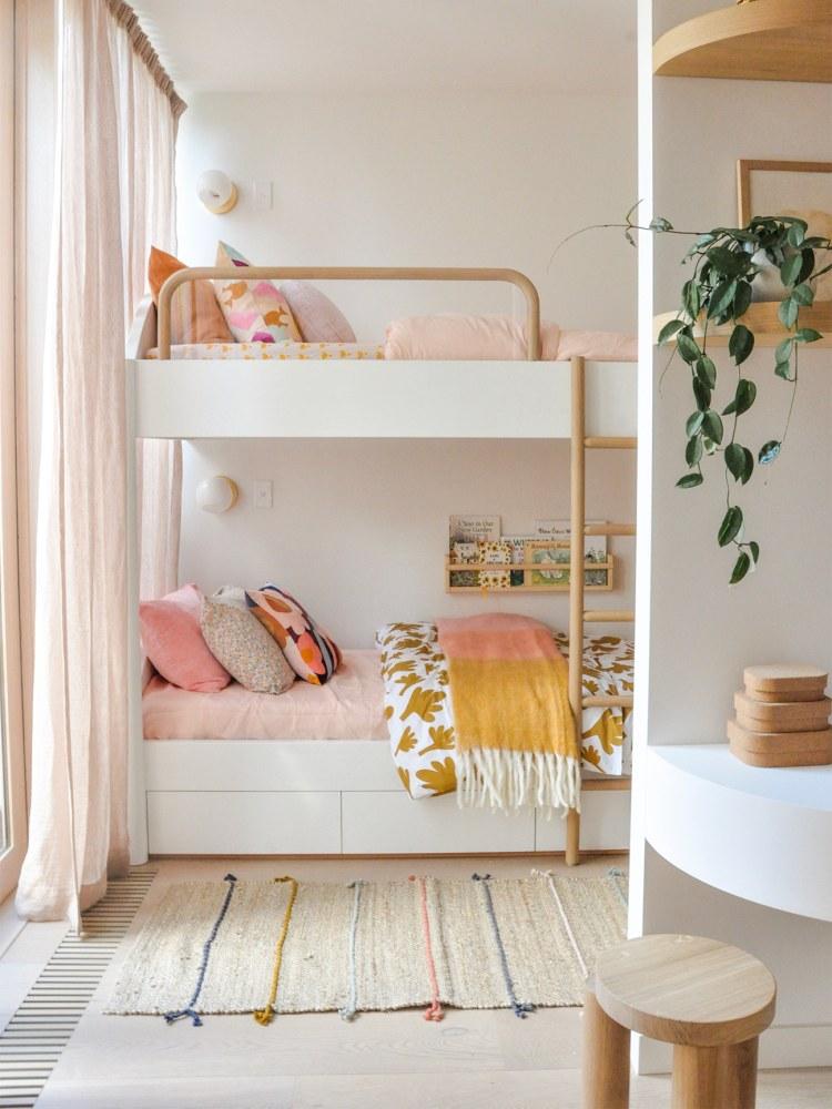 Kamar Tidur Minimalis Pink_6