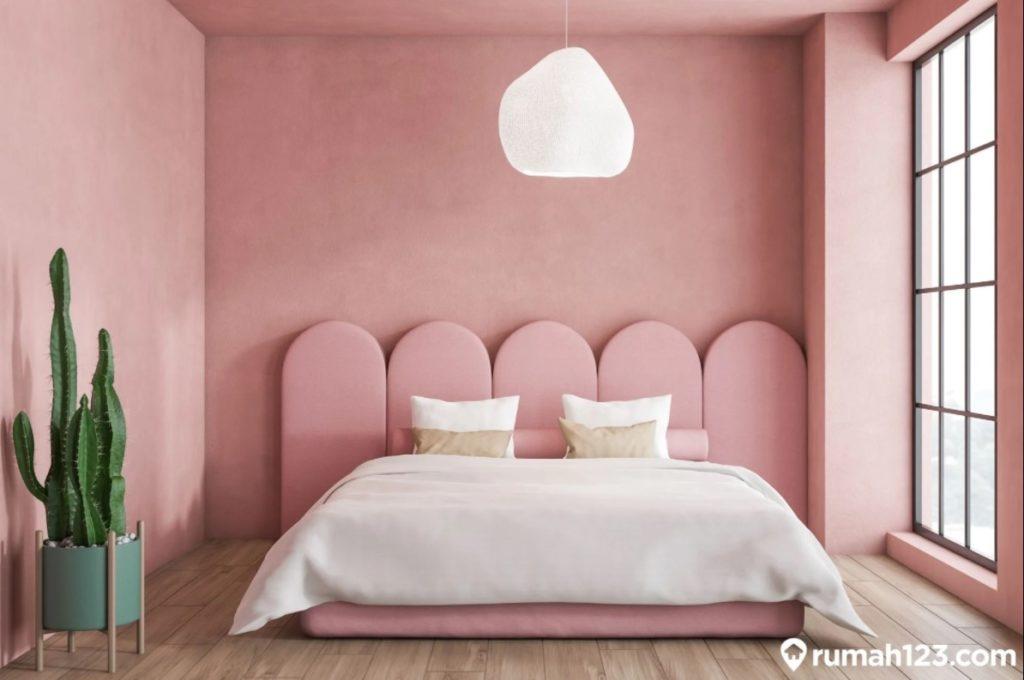 kamar serba pink