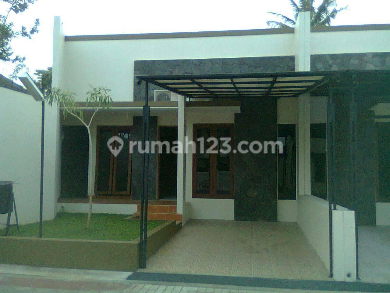 Rumah minimalis di Kopo