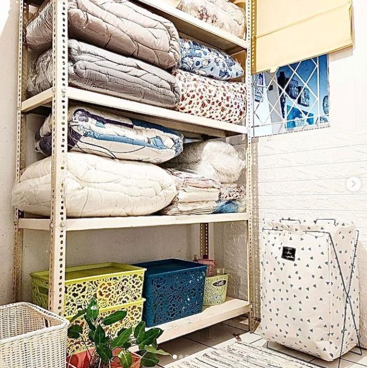 gudang kecil di rumah minimalis