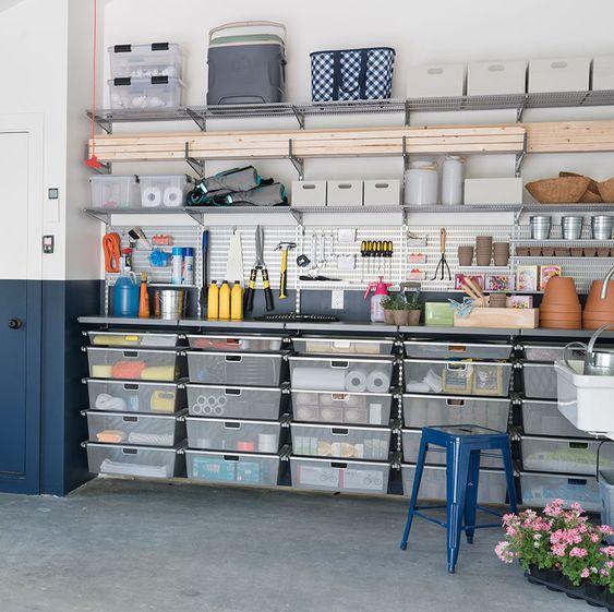gudang di garasi