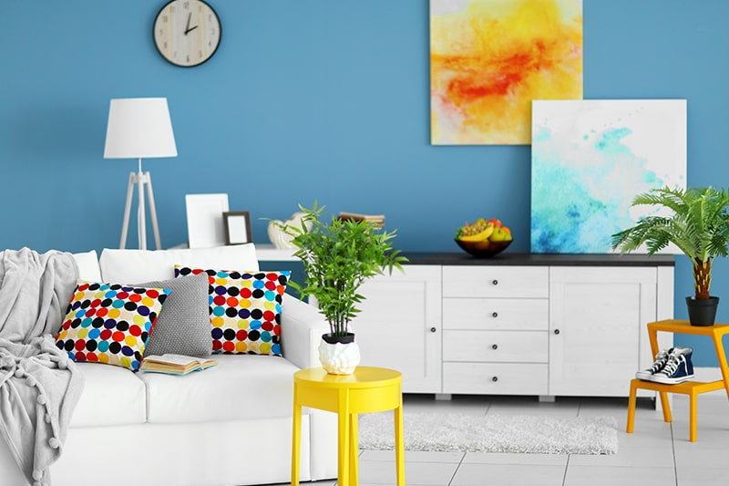 Ruang Keluarga yang Colorful