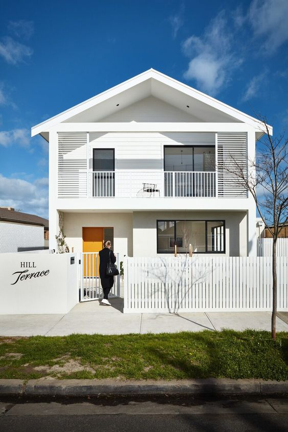 Rumah Modern Minimalis Serba Putih