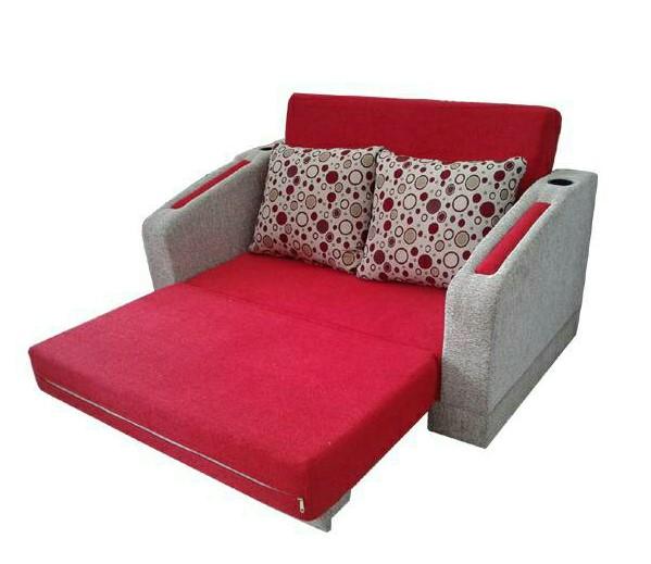 Penggunaan Furnitur Fungsional pada Rumah Minimalis di Gang Sempt