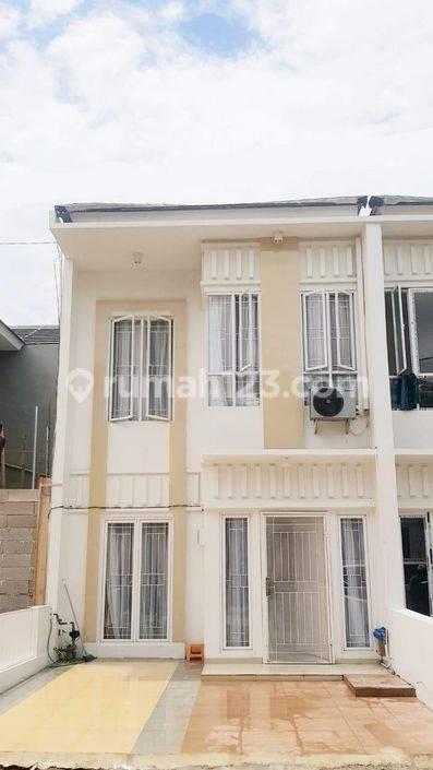 Rumah 2 lantai di ciputat 1