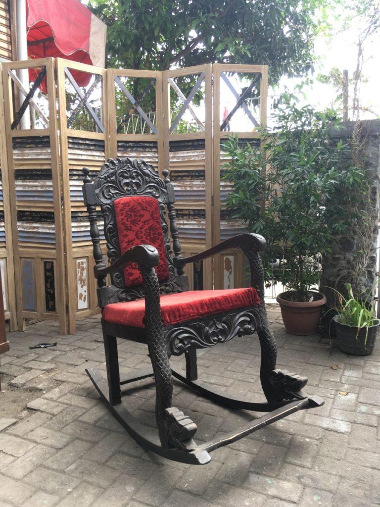 kursi goyang kayu 3