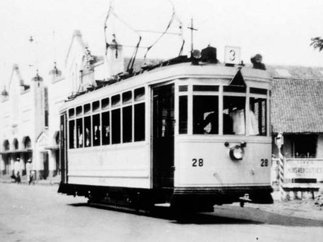 Transportasi umum jakarta 5