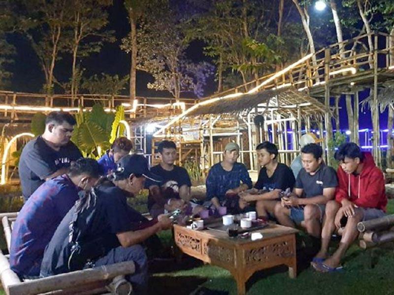 Kisah Pemuda Bangun Kampung Youtuber