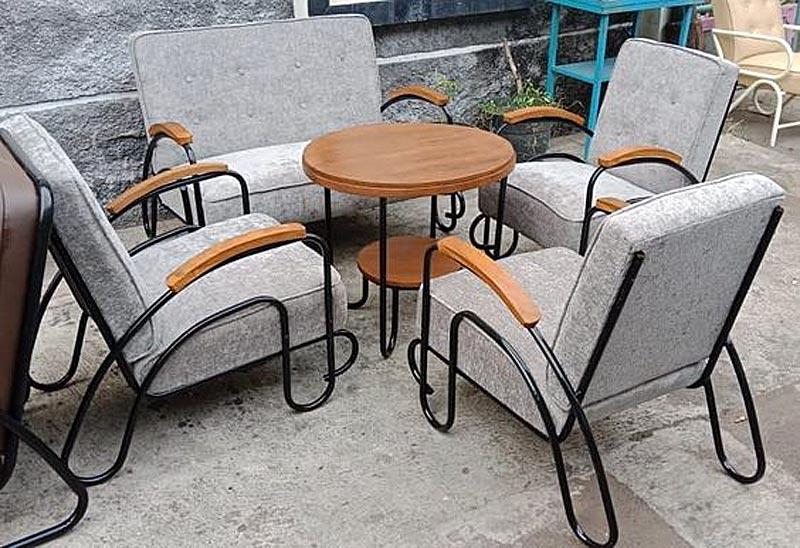 ruang tamu minimalis, tips beli furniture vintage bekas