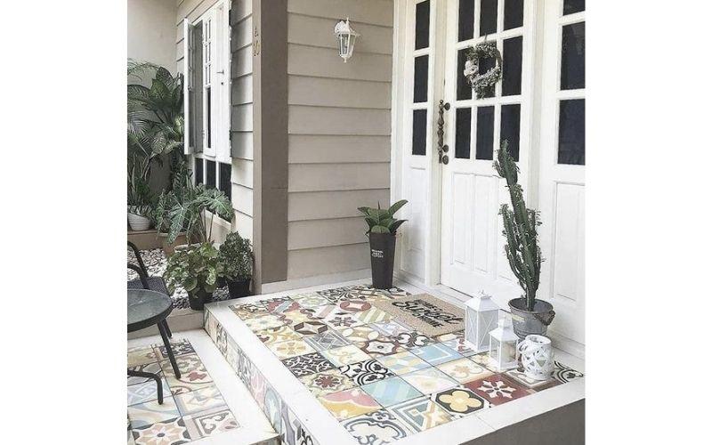 keramik teras depan rumah minimalis