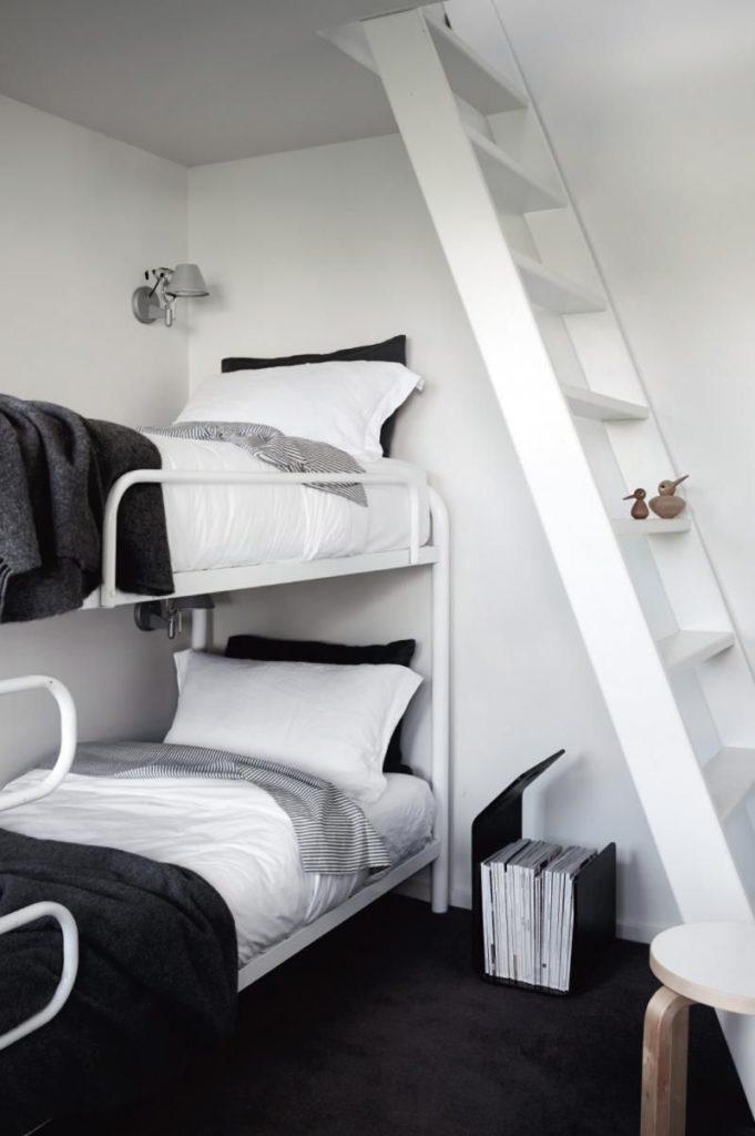 kamar tidur monokrom 5