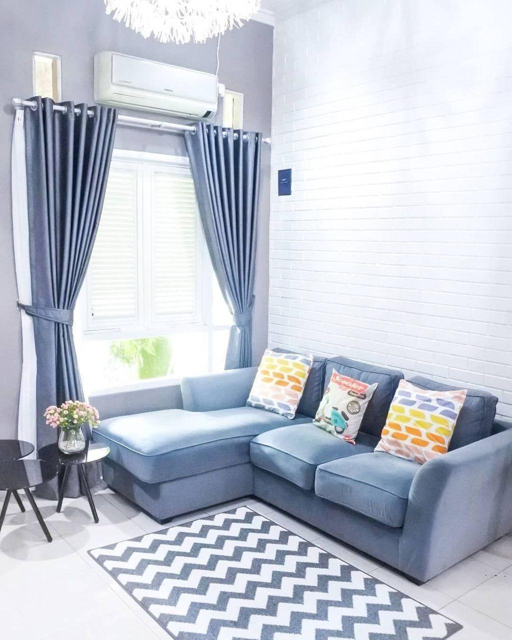 ruang tamu minimalis bernuansa biru