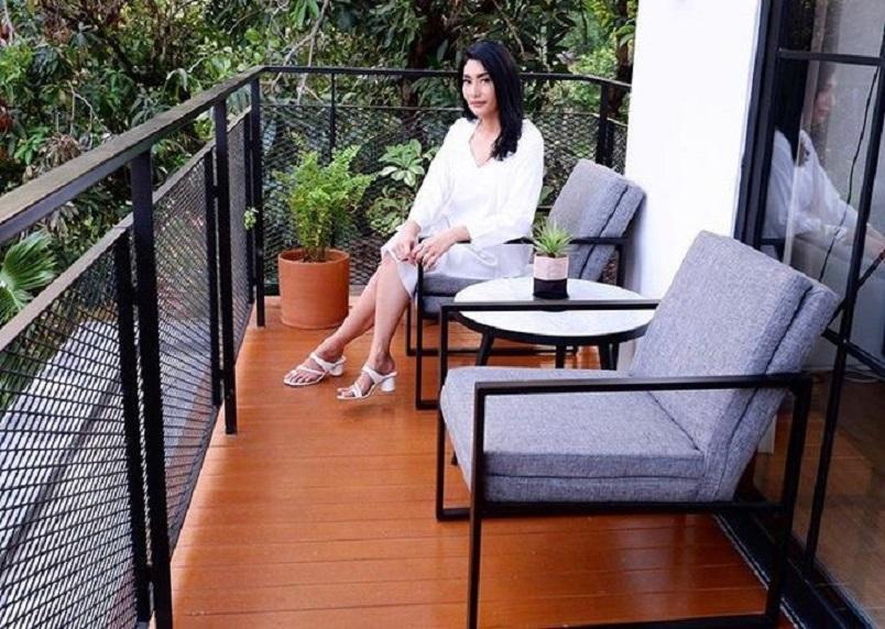 balkon tyas mirasih