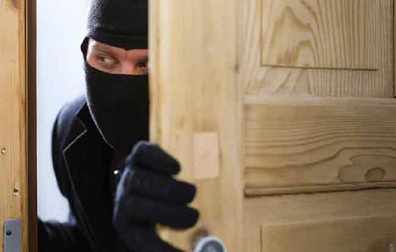 pencuri spesialis rumah mewah