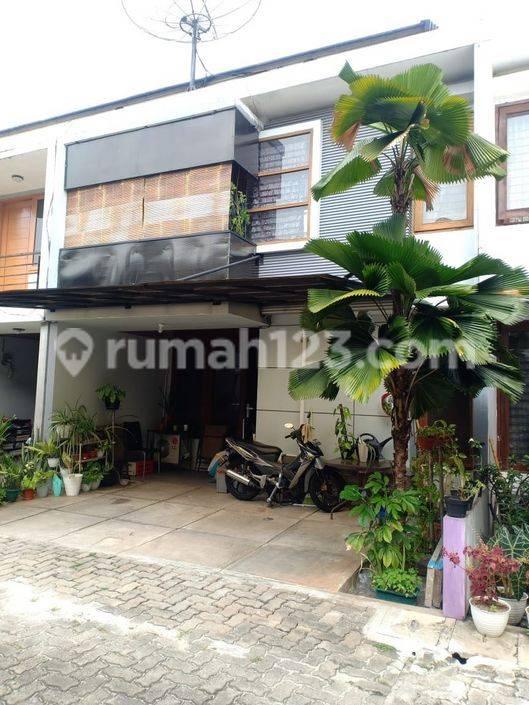 Rumah Minimalis 2 Lantai Lt 75m2 Puri Meruya Town House Kembangan Jakarta Barat