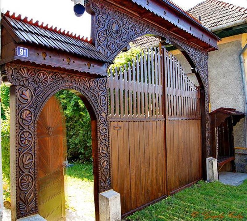 model pagar kayu terbaik
