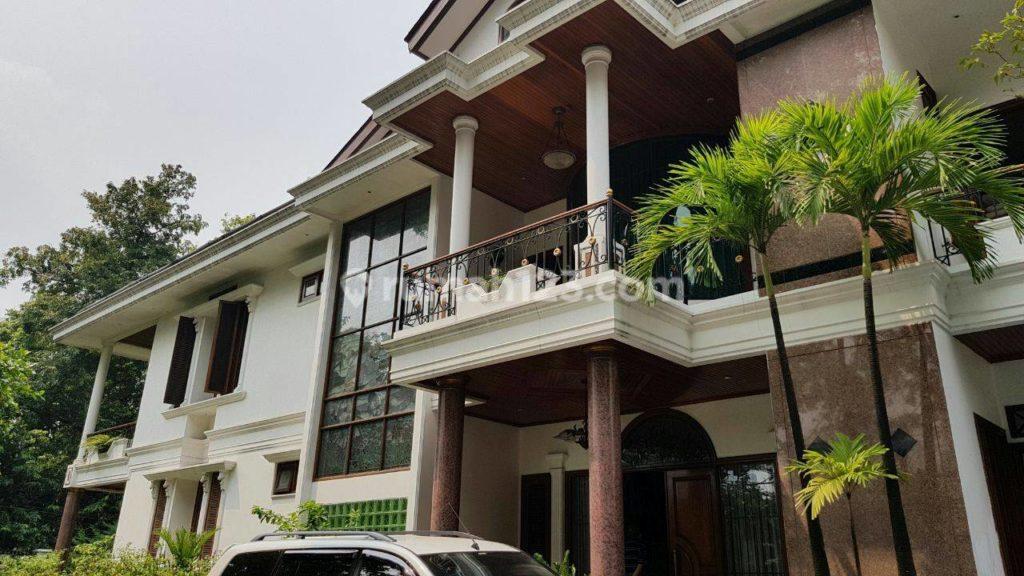 rumah elit di Senayan