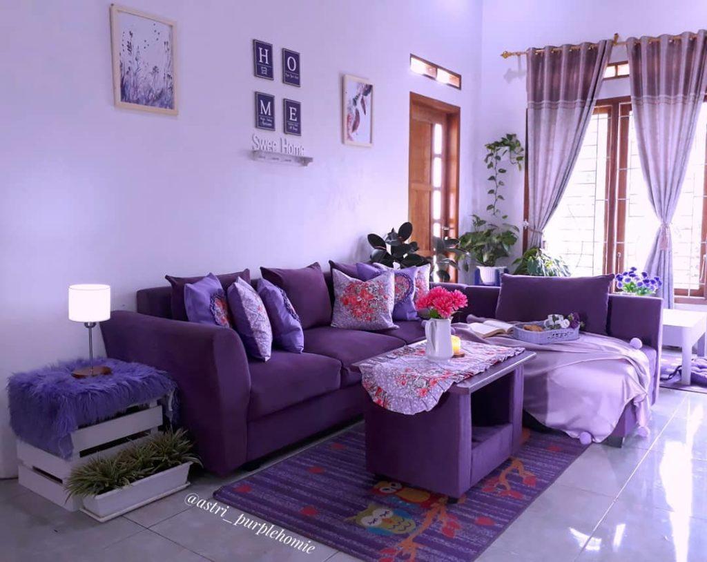 rumah serba ungu