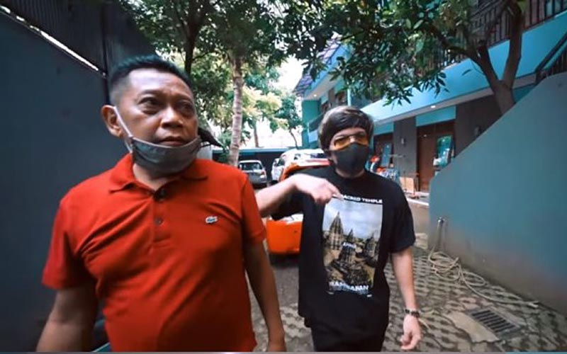 bisnis kos artis Indonesia