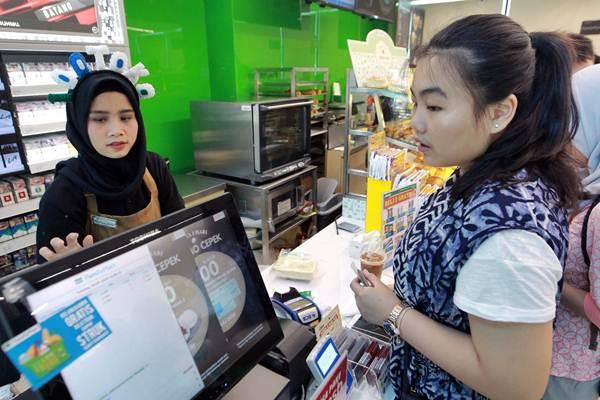 Daftar Lengkap Gaji Karyawan Indomaret, Alfamart, Alfamidi ...