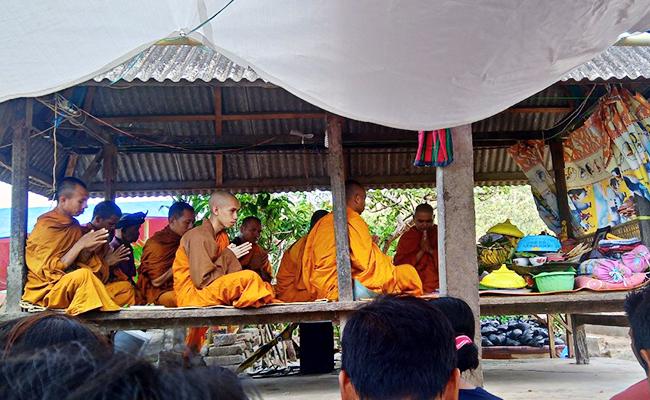 upacara kematian buddha