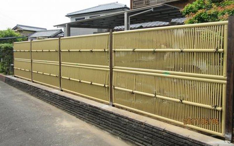 10 Model Pagar Bambu Unik Pilihan Estetis Untuk Hunian Masa Kini Rumah123 Com