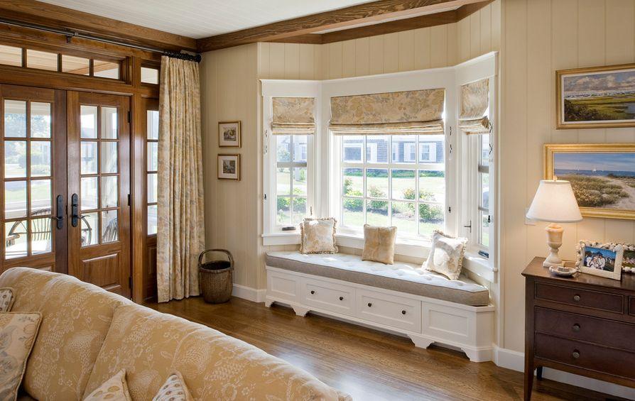 Rumah Klasik Modern dengan Bay Window