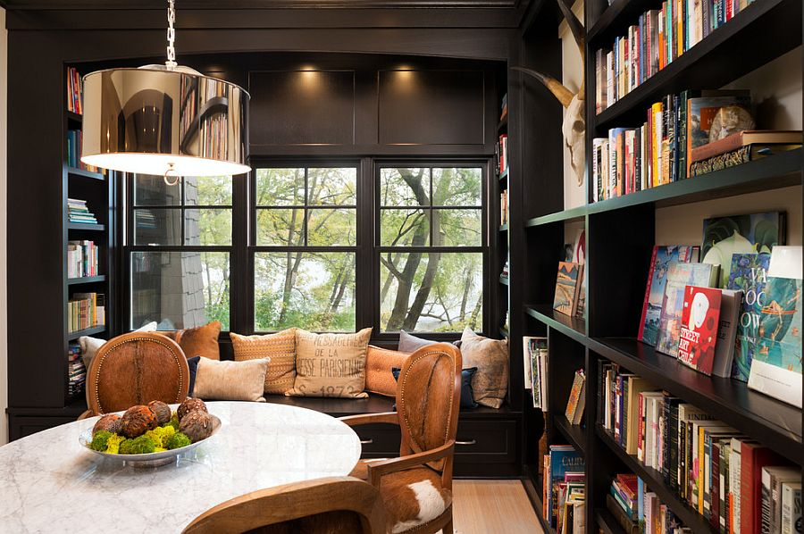 Ruang Baca di Ruang Tengah