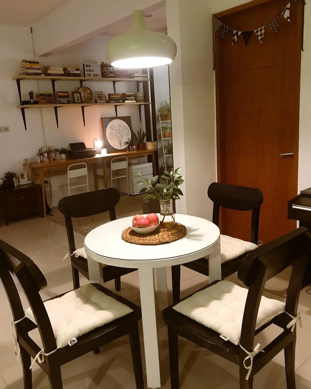 Meja makan minimalis_5