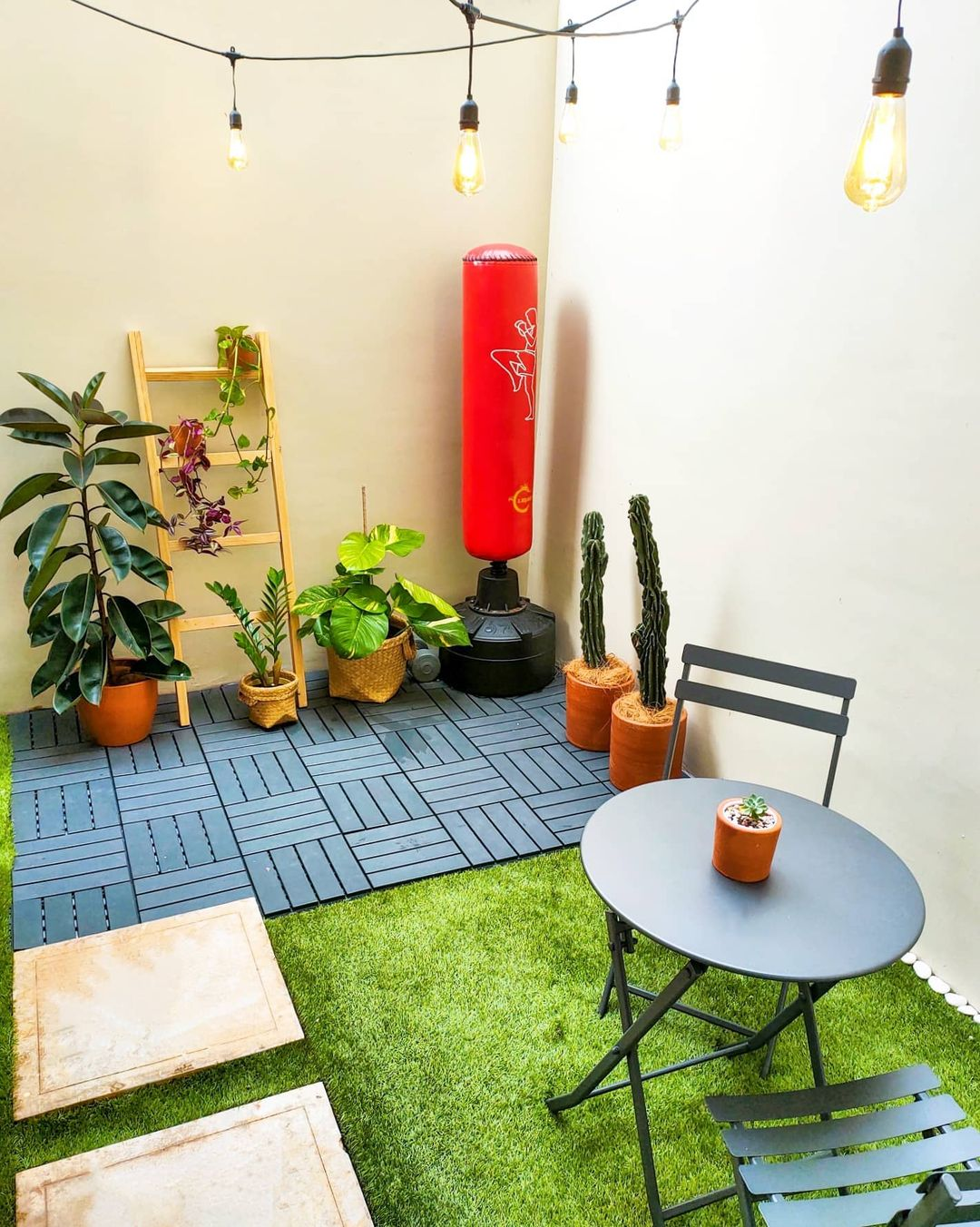 Taman belakang rumah minimalis_2