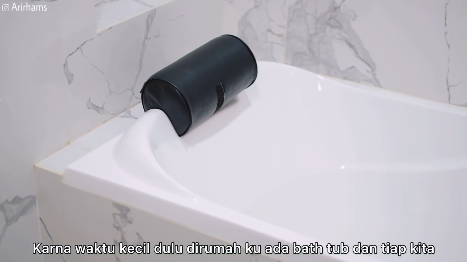 makover kamar mandi kecil