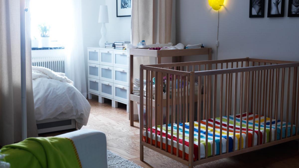 Desain Kamar Bayi dengan Sekat Minimalis
