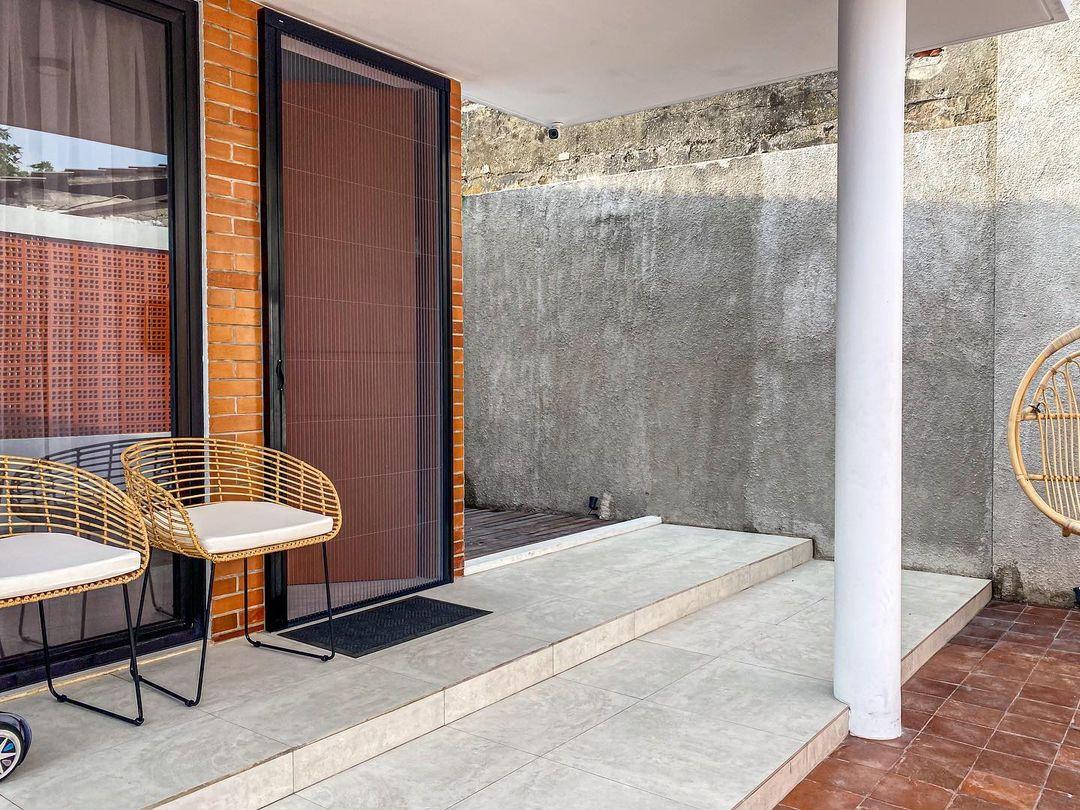 Teras depan rumah minimalis_4