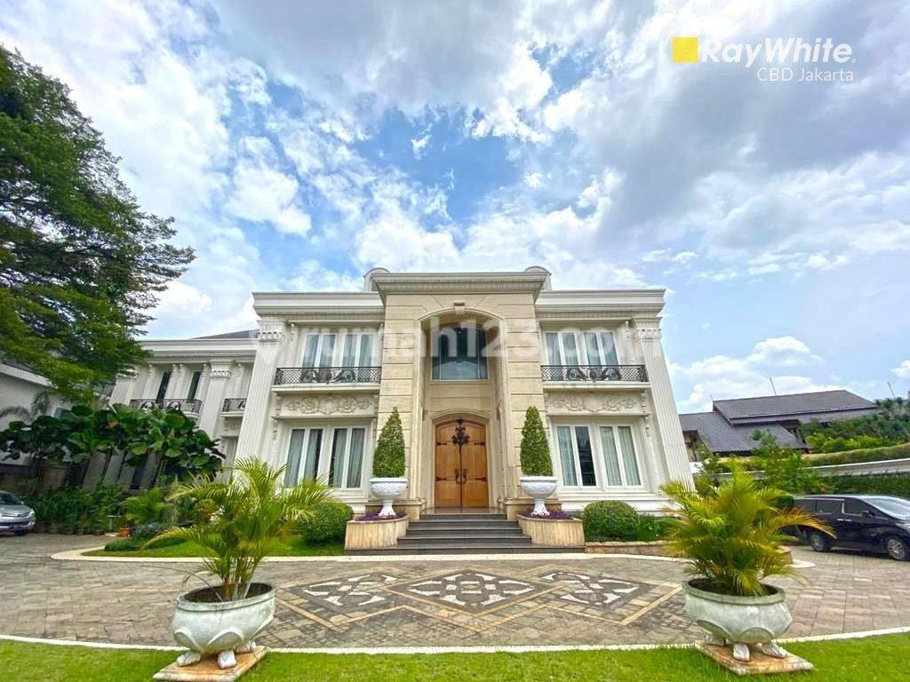fasad rumah orang kaya kebayoran lama