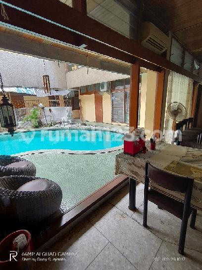 Rumah Mewah di Genteng Surabaya